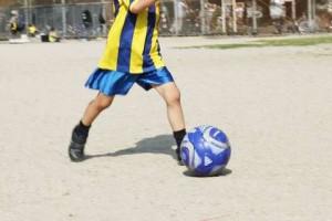 成長期の膝下の痛みオスグッド病|原因と症状|治療と予防
