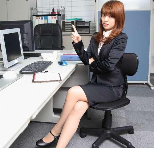 160226_deskwork_chair_asinotsukene-no-itami_