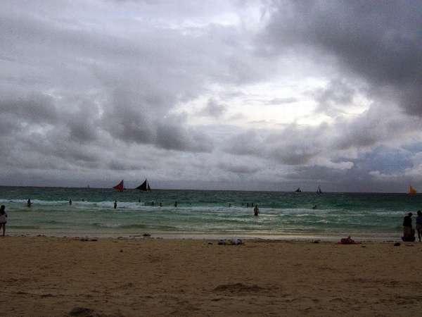 「梅雨の沖縄」の画像検索結果
