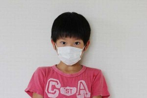 微熱と咳が続き胸も痛む|発熱4日ルール|肺結核|マイコプラズマ肺炎