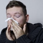 鼻水に血が混じっている原因は?ドライノーズ?もっと恐い理由も・・